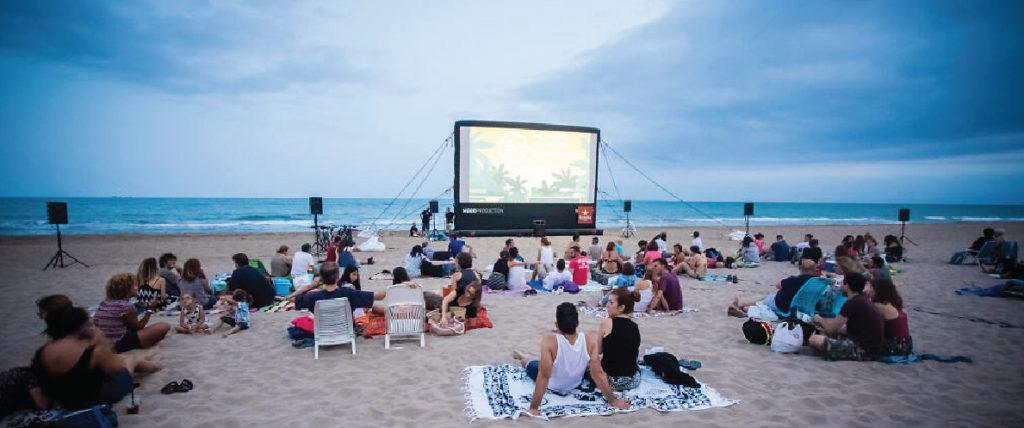 Cinema Lilure at Sant Sebastia Beach